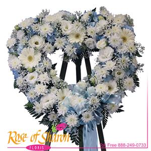Azur Heart Wreath